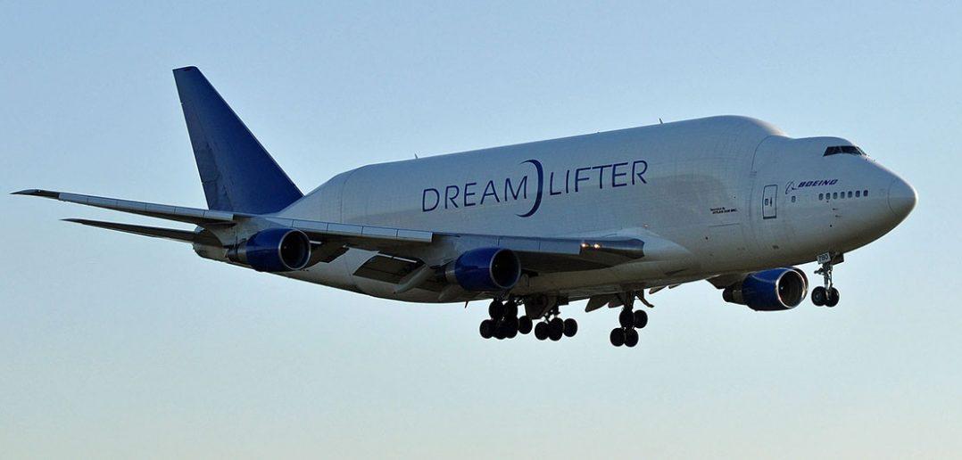 Specjalistyczny samolot transportowy Boeing Dreamlifter