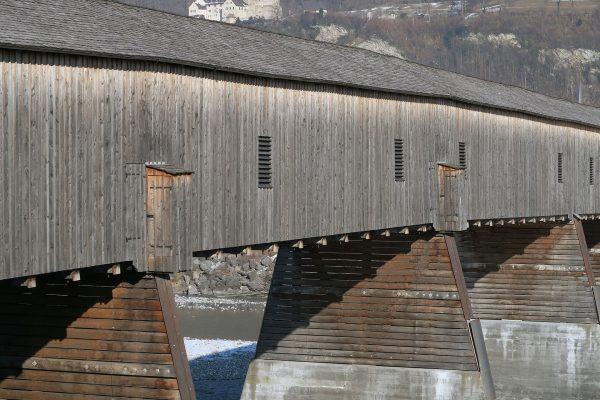 Alte Rheinbrücke Vaduz–Sevelen (fot. Kecko/Flickr.com)