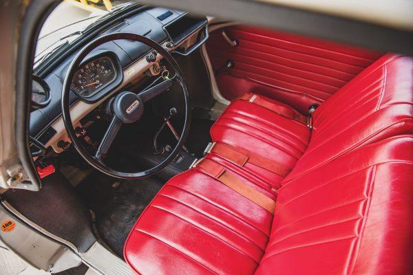 Subaru 360 (fot. Darin Schnabel/RM Sotheby's)
