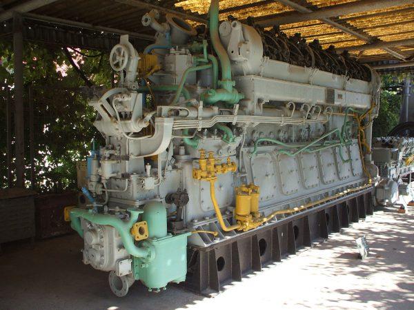 Zachowany silnik diesla z NMS Delfinul (fot. Mircea87/Wikimedia Commons)