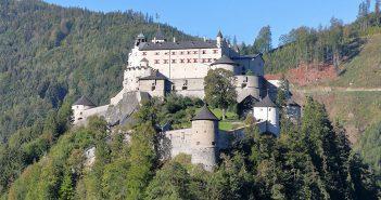 Zamek Hohenwerfen w Austrii