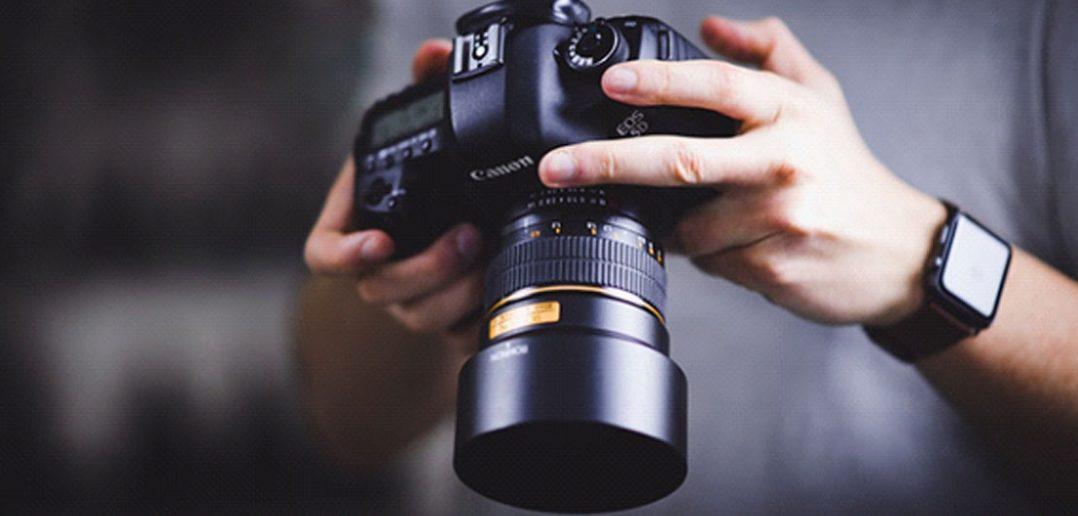 Jaki aparat fotograficzny warto kupić w 2020 roku?