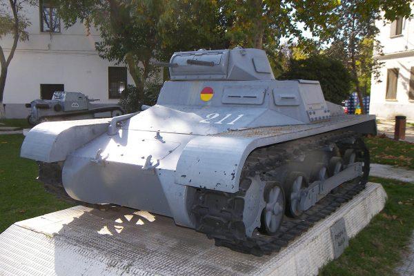 PzKpfw I w Hiszpanii (fot. Jon Catalan/Wikimedia Commons)