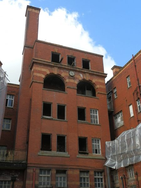 London Road Fire Station (fot. Delusion23/Wikimedia Commons)