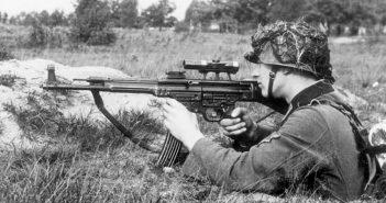 StG44 - pierwowzór karabinków szturmowych