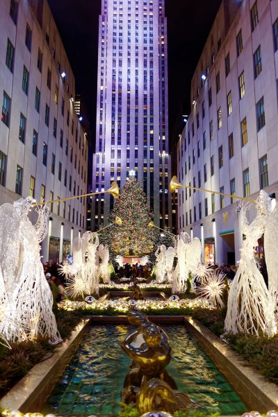Choinka przed Rockefeller Center (fot. Michael Vadon/Wikimedia Commons)