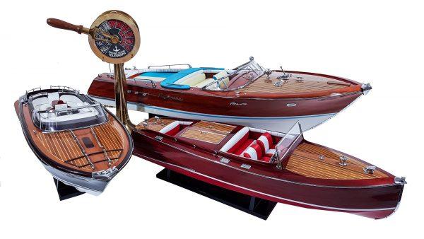 Drewniane modele łodzi motorowych
