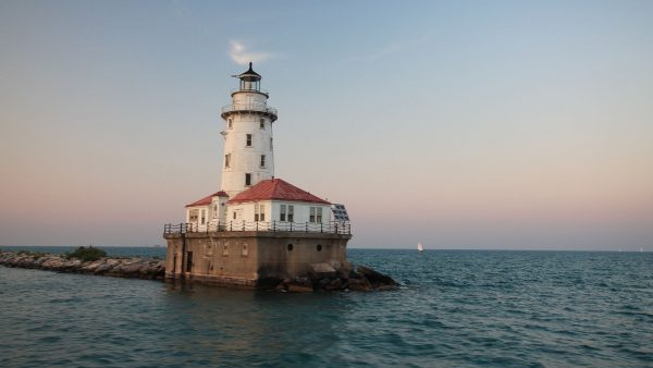 Chicago Harbor Light (fot. Iwingy/Wikimedia Commons)