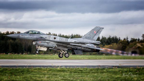 Lockheed Martin F-16C Jastrząb (4050) (fot. Michał Banach)