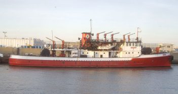 Fire Fighter - słynny nowojorski statek pożarniczy