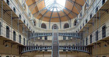 Więzienie Kilmainham Gaol w Irlandii i historia brytyjskich opresji