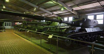 Eksperymentalny niszczyciel czołgów SU-152 Taran