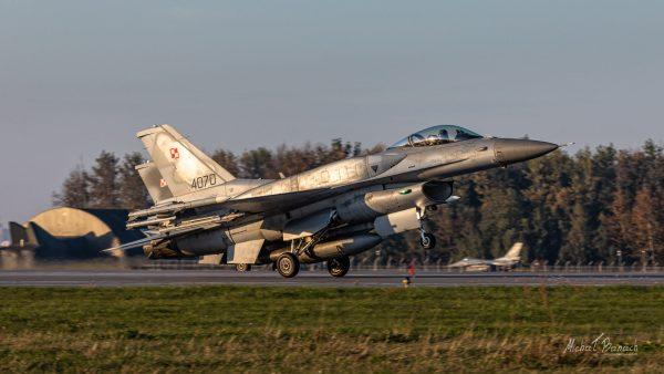 Lockheed Martin F-16C Jastrząb (4070) i (4062) (fot. Michał Banach)