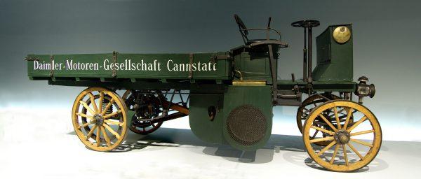Daimler Motor Lastwagen (fot. Martin Dürrschnabel)