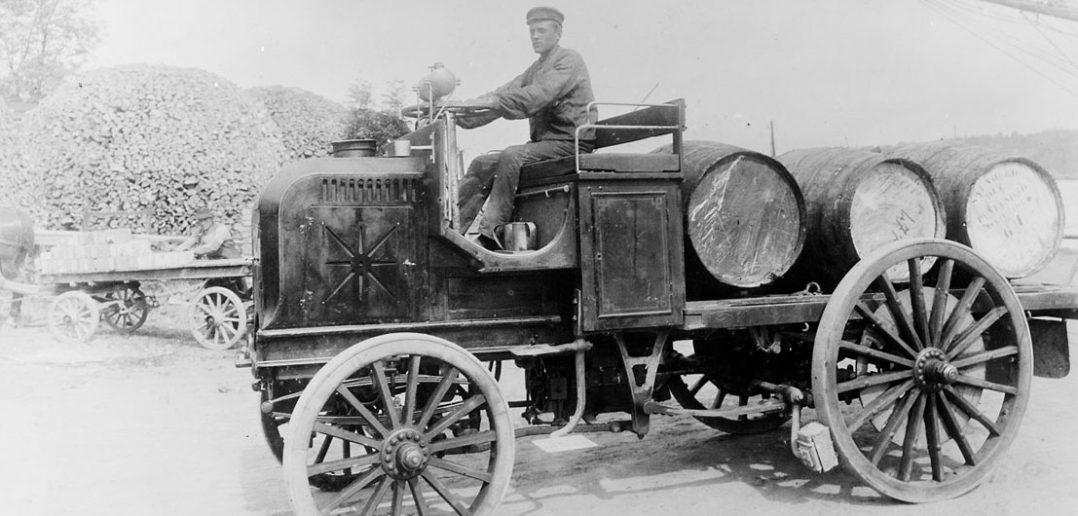 Daimler Motor Lastwagen - pierwsza ciężarówka