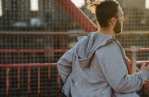 Bluza męska do biegania – czym kierować się przy jej wyborze?