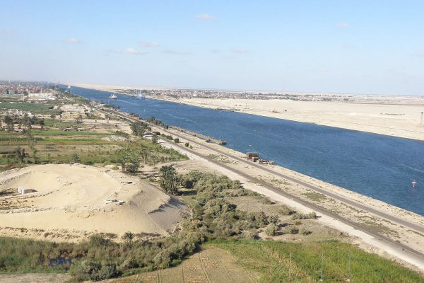 Kanał Sueski (fot. Mmelouk/Wikimedia Commons)