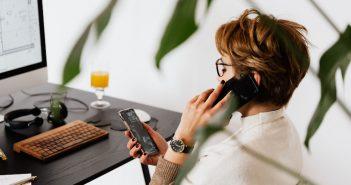 Dlaczego warto postawić na abonament z telefonem?