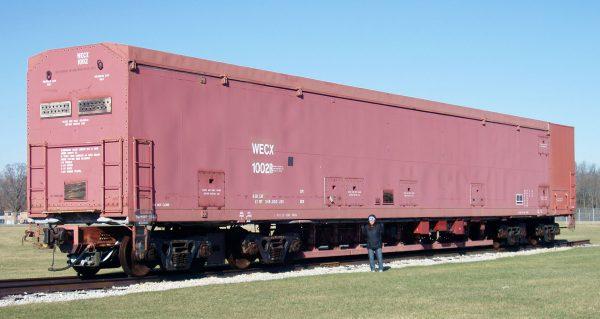 Jeden z zachowanych wagonów kompleksu (fot. Gregory J. Kingsley)