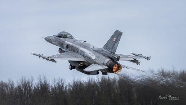 Lockheed Martin F-16C Jastrząb (4051) (fot. Michał Banach)