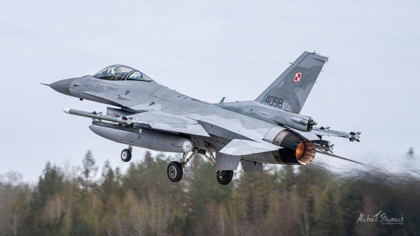 Lockheed Martin F-16C Jastrząb (4058) (fot. Michał Banach)