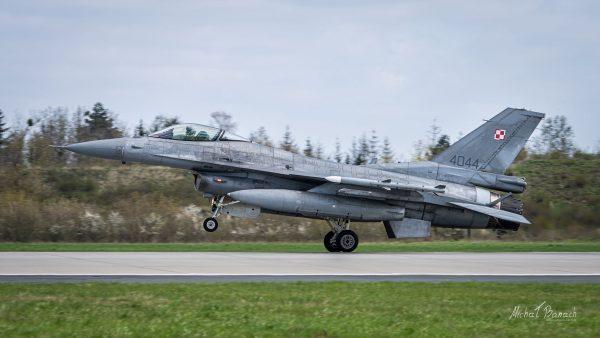 Lockheed Martin F-16C Jastrząb (4044) (fot. Michał Banach)
