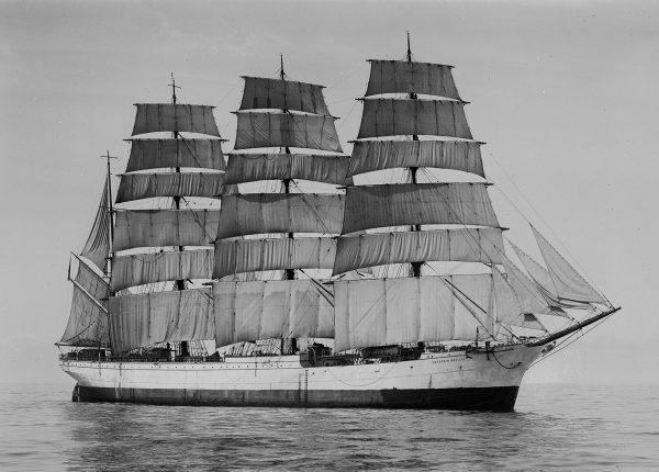 Herzogin Cecilie (fot. Allan C. Green/State Library of Victoria)