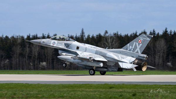Lockheed Martin F-16C Jastrząb (4047) (fot. Michał Banach)