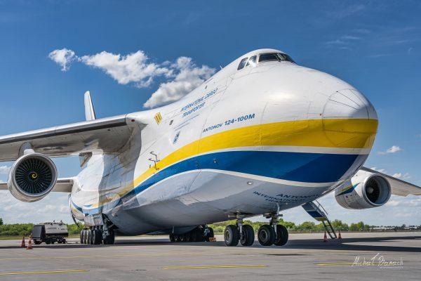 Antonow An-124 Rusłan (UR-82008) (fot. Michał Banach)