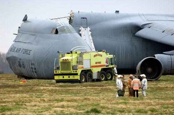 Rozbity 3 kwietnia 2006 roku Lockheed C-5 Galaxy (fot USAF)