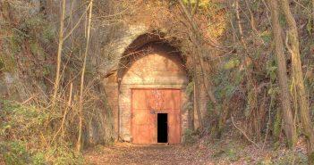 Drakelow Tunnels - od tajnej fabryki, przez rządowy bunkier po nawiedzony labirynt