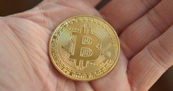 Jak inwestować w Bitcoin w 2021 roku?